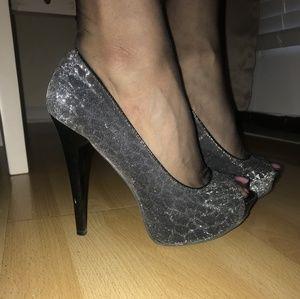"Shoes - Metallic 5.5"" Platform Stilettos, sz 8"